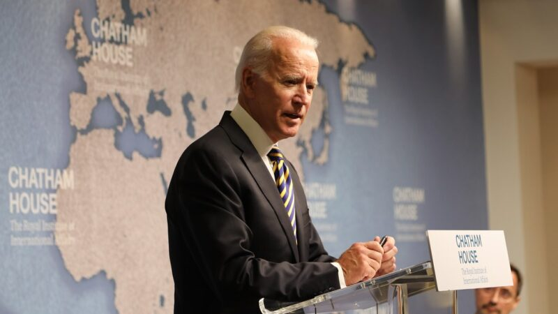 """Biden, l'autonomia strategica europea e Putin """"il killer"""""""