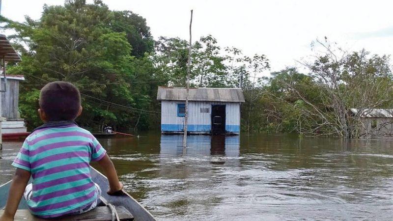 In Amazzonia emergenza allagamenti, è record per il Rio Negro